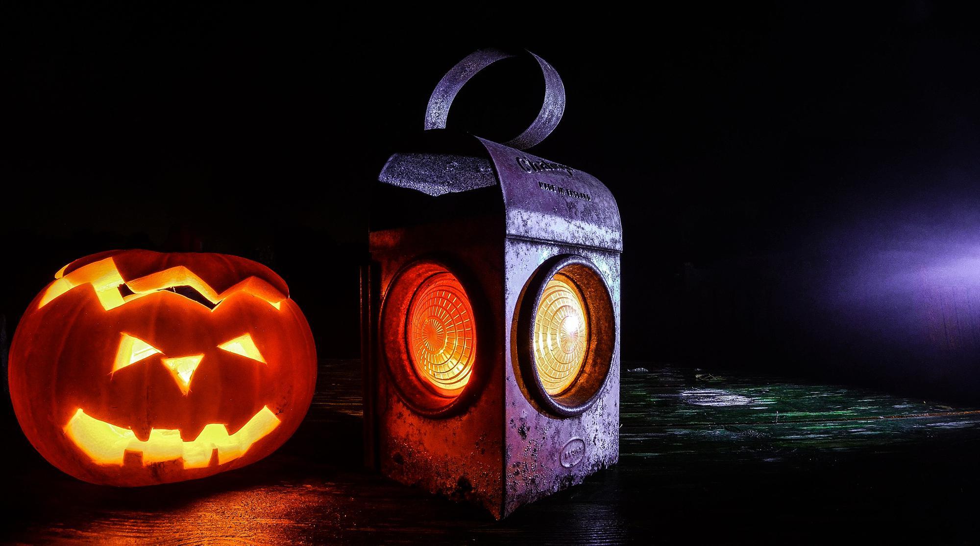 Boardroom Special: Halloween movie time